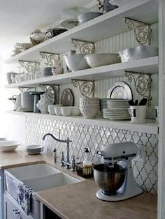 Plan kitchen decor in white - Modern White Kitchen