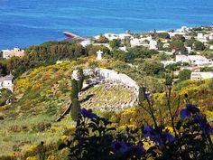 Isola di Stromboli - il cimitero dell'isola | da Lorenzo Sturiale