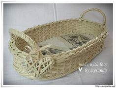 плетение из газет (67) (700x531, 256Kb) Basket Crafts, Cane Furniture, Paper Magic, Paper Basket, Basket Weaving, Recycling, Kos, Diy Crafts, Baskets
