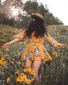 🍁🍂Fall Contest Winners🍂 We are excited to announce the winners of this collaborative portrait photography contest. Photography Contests, Portrait Photography, Scene Hair, Floral Romper, Travel Style, Travel Fashion, Cool Hairstyles, Floral Prints, Rompers