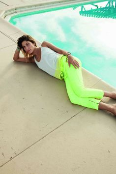 neon pants...to go PERFECTLY with my signature neon pink Nike training shoes :)