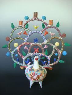 Vintage tree of life by Heron Martinez    Acatlan de Osorio, Metepec  Clay  circa 1970