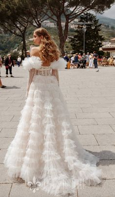 Courtesy of Katherine Joyce Wedding Dresses;katherinejoyc& Source by modwedding The post Wedding Dress Inspiration & Katherine Joyce & MODwedding appeared first on wedding. Western Wedding Dresses, Classic Wedding Dress, Gorgeous Wedding Dress, Wedding Dresses For Sale, Modest Wedding Dresses, Designer Wedding Dresses, Bridal Dresses, Reception Dresses, A Line Wedding Dress Sweetheart