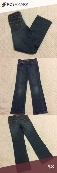 Shop Kids' Justice size Jeans at a discounted price at Poshmark. Girls Jeans, Kids Shop, Slim, Product Description, Best Deals, Children, Womens Fashion, Pants, Closet