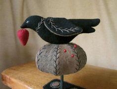 Primitive Folk Art Wool Bird Tuffet Pincushion Clamp Strawberry Pinkeep+Mat PRHG