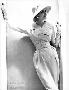 Coat-dress by Jacques Heim couture 1957. Photography Moutin