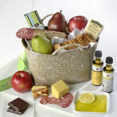 Win the Al Fresco Gift Basket filled with a delightful assortment from The Fruit Co!