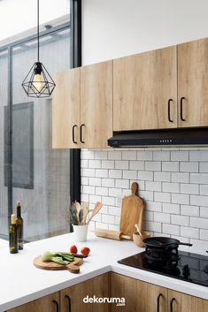 Dirty Kitchen Design, Small Kitchen Set, Industrial Kitchen Design, Kitchen Room Design, Kitchen Cabinet Design, Kitchen Sets, Home Decor Kitchen, Interior Design Kitchen, Home Kitchens