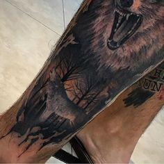 #mulpix Ainda em andamento, e aproveitando para ganhar mais curtidas com um pouco da tattoo do @joaquimtattoo de fundo  #kikotattoo #ink #art #lobo #wolf #tattoo