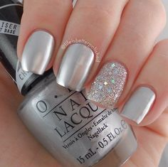 20 Classy Wedding Nail Art Designs Metallic Nails Silver Nails Gorgeous Wedding Bridal Nail Art Design With Silver Glitter Jual Kuku P. Silver Nail Art, Metallic Nails, Acrylic Nails, Silver Glitter Nails, Glitter Manicure, Glitter Art, Silver Color, Fancy Nails, Trendy Nails