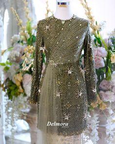 Muslimah Wedding Dress, Wedding Dresses, Model Kebaya, Kebaya Muslim, Modern Hijab, Dresses With Sleeves, Bridesmaid, Gowns, Princess
