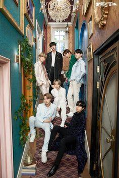 Bts Group Picture, Bts Group Photos, Family Photos, Family Posing, Bts Jungkook, Namjoon, Seokjin, Bts Lockscreen, Foto Bts