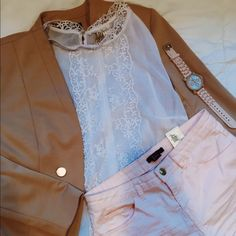 Lace, collar top Super cute and perfect for spring and summer. White lace top can be dressed up or down with some shorts and jeans or a mini skirt and heels! H&M Tops