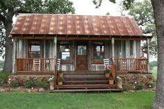 prefab cottage small homes in texas on unique ranch house plans manufactured Tiny Cabins, Tiny House Cabin, Cabins And Cottages, Tiny House Living, Log Cabins, Prefab Cabins, Small Rustic House, Prefab Cottages, Small Cottages