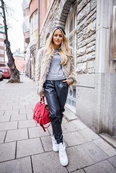 janni-deler-baggy-leatherpantsDSC_5986