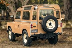 Bid for the chance to own a 1964 Land Rover 88 Series IIA at auction with Bring a Trailer, the home of the best vintage and classic cars online. Land Rover Serie 1, Land Rover 88, Land Rover Defender, Lifted Ford Trucks, Jeep Wrangler Unlimited, Pontiac Gto, Bugatti Veyron, Classic Cars Online, Toyota Land Cruiser