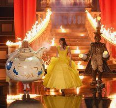 Hailee Steinfeld and Josh Gad help host Adam DeVine open MTV Movie & TV Awards show