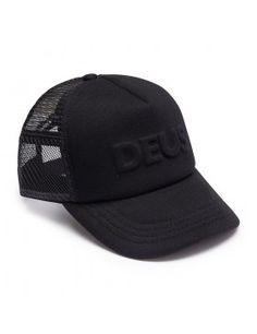 DEUS Kappe Trucker Capital Letters- black