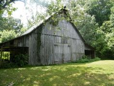 Maudy's Barn at Harmonie State Park in New Harmony, Indiana