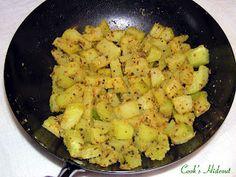 Boppayakaya Kura: Green Papaya Curry