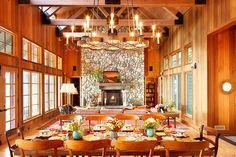 rustic dining room decor ideas #diningroomideas #diningroomdecor