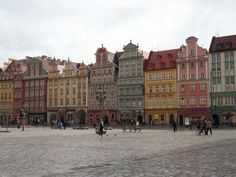 En nog zo'n fijn plekje: de Rynek van Wroclaw. Grotendeels onontdekt door toeristen en prachtig vormgegeven. Maar dit duurt niet lang meer. Volgend jaar is de stad Europese Culturele Hoofdstad. Ontdek het nu het nog rustig is!
