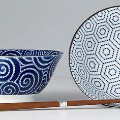 2 pcs bowl set Honeycomb with chopsticks - Made In Japan Europe Chopsticks, Ceramic Bowls, Honeycomb, Bowl Set, Decorative Bowls, Dining Table, Europe, Japan, Ceramics