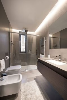 Most Beautiful Bathroom Design With Modern Bathtub Ideas 18 - kindledecor Modern Bathroom Design, House Design, Modern Bathtub, Shower Remodel, Beautiful Bathrooms, Bathroom Design Small, Small House Remodel, Bathroom Interior Design, Bathroom Design