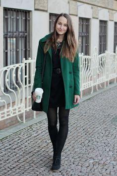 Black shift dress with green coat and black loafers. Green Street, Black Loafers, Green Coat, Black Tights, Fashion Photo, Hosiery, Autumn Winter Fashion, Street Style, Blazer