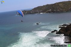 Paragliding course Puerto Lopez Ecuador Learn something new , full of experiences and adrenaline , learn this sport in our paragliding school