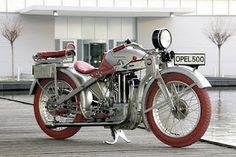 nije Honda al strašna guba :)))1928 Opel 500