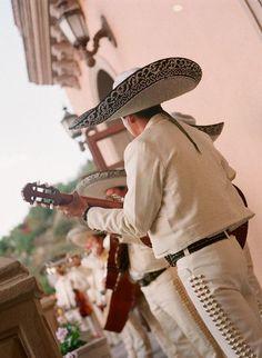 mariachi band.... an interesting thought http://www.mirrormirrorincbridal.com/#