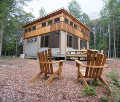 Prefab Cottage built in Traverse City, transported and assembled in Manistee. Go Michigan!