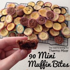 90 Mini Muffin Bites - The Road to Loving My Thermo Mixer Lunch Box Recipes, Lunch Snacks, Baby Food Recipes, Sweet Recipes, Snack Recipes, Lunchbox Ideas, Muffin Recipies, Kid Snacks, Cinnamon Oatmeal