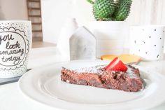 Yummy, vegan chocolate cake - Live love interior