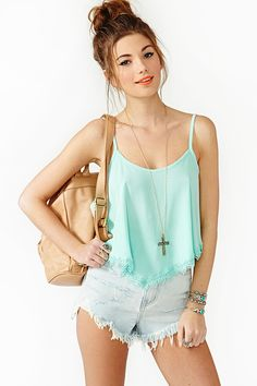 Summer Lace Crop Tank in Mint
