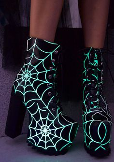 Current Mood Terror Glow Boots have ya walkin' into spiderwebs. These perfectly creepy boots are nothing to be scared of with their smooth vegan leather construction that's covered with epic glow in the dark webs. Featurin' covered platforms with textured Dream Shoes, Crazy Shoes, Me Too Shoes, Heeled Boots, Shoe Boots, Boot Heels, Rock Boots, Kawaii Shoes, Vegan Boots