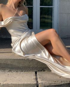 Silk Satin Dress, Satin Dresses, Strapless Dress, Gowns, Backless Gown, Formal Dresses, Classic Wedding Dress, Chic Wedding, Wedding Dresses