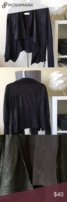 Vintage Suede jacket This super-comfortable suede jacket was bought in a vintage Paris store Vintage Jackets & Coats Blazers