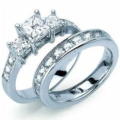 Classic Princess Cut Diamond Engagement Ring Set --- http://bizz.mx/jb5