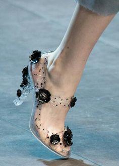 Cinderella heel//