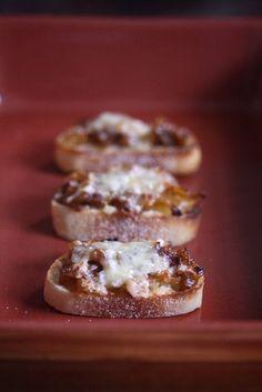 On the Job: French Onion Crostini   Feed Me Phoebe
