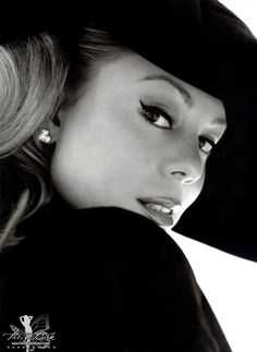 Mariah Carey. She is such a inspiration by herself. She holds her self with respect and poise. She is a beautiful and talented African American woman! Which is rare now these days in the music industry.