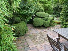 Outdoor Seating Areas, Outdoor Spaces, Outdoor Living, Outdoor Decor, Classic Garden, Topiary, Shade Garden, Hedges, Garden Inspiration