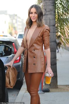 Olivia Culpo risked a wardrobe malfunction in Los Angeles on Monday when she opted to go braless in a leather power suit for a meeting. Casual Blazer Women, Blazers For Women, Suit Fashion, Fashion Outfits, Emo Outfits, Summer Outfits, Look Blazer, Looks Chic, Leather Blazer