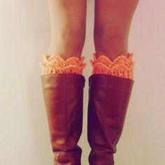 Boot Cuff Pattern Crochet PDF - Winter Trends Woman Accessory - Lucy Leg Warmers, boot socks, boot topper, boot cuff - PHOTO tutorial