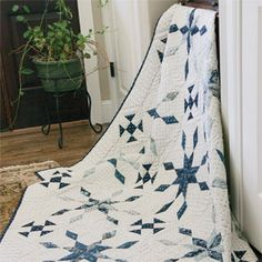 11-1-14   Friday Free Quilt Patterns: Blueberry Ice   McCall's Quilting Blog.  Better Hurry!  Not sure how long they keep these free patterns up on the site.