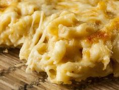 Easy baked macaroni and cheese recipe. Just the basics to make this rich, creamy mac and cheese. It is so good, you won't believe how easy it is! Easy Baked Macaroni And Cheese Recipe, Creamy Mac And Cheese, Easy Cheese, Crockpot Recipes, Cooking Recipes, Crockpot Dishes, Copycat Recipes, Rice Recipes, Meat Recipes