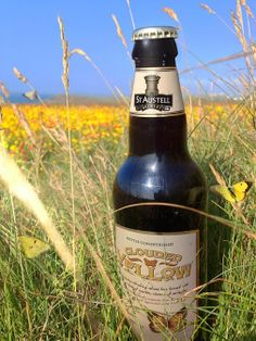 Thanks to the sunshine and warmer temperatures last year British #butterfly species like the Brimstone, Common Blue and Clouded Yellow bounced back.  Our own Clouded Yellow #Ale is one of our most distinctive beers. Brewed in the Weissbier style, this wheat #beer  is flavoured with cloves, coriander and maple syrup.