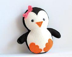 http://theLadyThing.com/diy-stuffed-toys/ Baby Penquin ~ So Sweet!